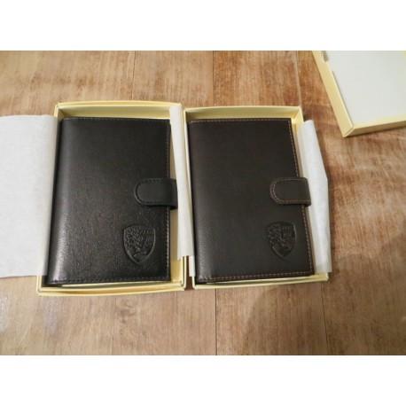 Porte documents en cuir